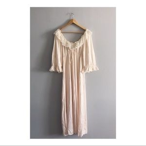 Vintage Peach & Cream Lace Long Nightgown